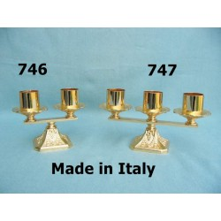 Candeliere a due famme in fusione H 12 cm L 16 cm